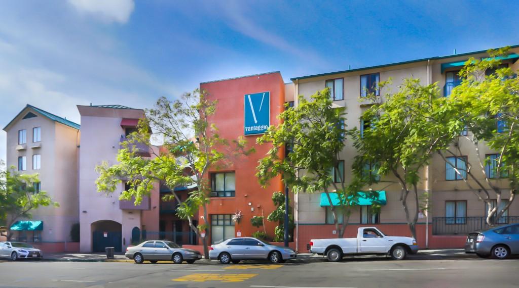 San Diego State Street Vantaggio Suites